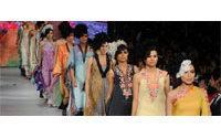 Pakistan fashion week begins as bombers hit northwest