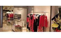 Blugirl: azzurro, metallo e giochi di luce nella seconda boutique in Cina