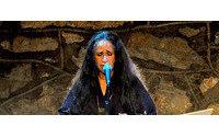 Maria Bethânia canta em desfile do Minas Trend Preview