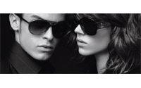 Les lunettes Karl Lagerfeld pour Optic 2000 sous les projecteurs