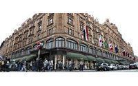 Qatar buys top London store Harrods
