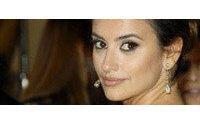 Penélope Cruz estrela campanha de perfumes Lancôme