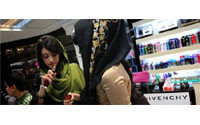 Iran women splurge on makeup despite Islamic restrictions