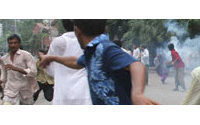 Bangladesh police in new clash with textile workers