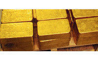 Gold hits 4-week high on cloudy econ outlook