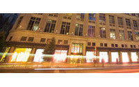 Saks results beat on full-price selling&#x3B; shares up