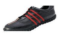 """Adidas Rusya'da kaybetti: """"Ayakkabıya 'üç çizgi' çekmek bize mahsus olmalı!"""""""