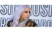 Lady Gaga se suma a la moda de los perfumes