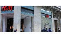 Hennes & Mauritz  machen hohe Baumwollpreise zu schaffen