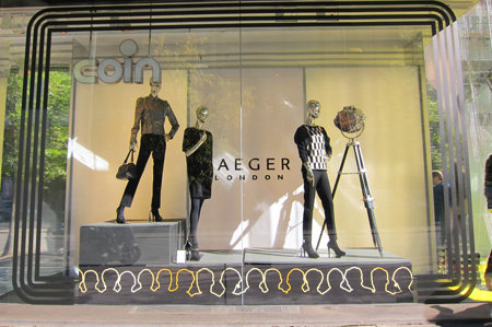 Jaeger London, Coin