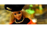 Más de 200 Barbies repasan la historia de la moda y el cine en una exposición en El Corte Inglés