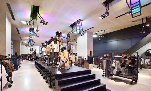 comité Champs-Elysées, H&M