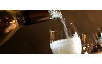 """联合利华(Unilever):都是""""香槟""""惹的祸"""