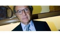 Italy's Della Valle boosts Saks stake