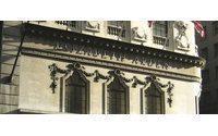 Europe boosts Elizabeth Arden profits&#x3B; shares soar