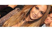 Li & Fung rachète Oxford Apparel et lance une collection avec Jennifer Lopez