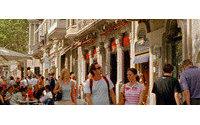 Unas 50 tiendas del Passeig de Gràcia abrirán hasta media noche el 2 de diciembre