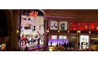 H&M'in en büyük mağazası Las Vegas'ta açıldı