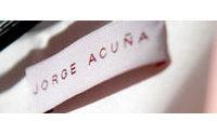 Jorge Acuña, el joven diseñador que desnuda el alma para vestir el cuerpo