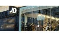 JD Sports defies snow to beat year profit view
