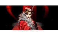 Galliano, Dior'un zengin tarihini gözler önüne serdi
