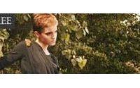 Emma Watson enseña pierna por un comercio justo