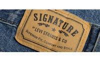 Levi Strauss net profit up 28 percent on revenue gains