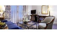 L'hôtel Prince de Galles à Paris fermé pour un an, le mobilier aux enchères