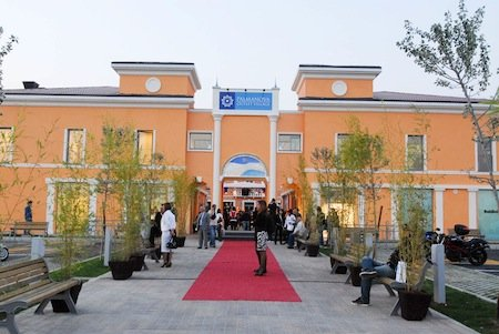 Palmanova Outlet Village: nel 2010 crescono le presenze ed ...