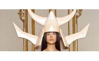 Fransız moda evi Givenchy Asya'ya gözlerini dikti