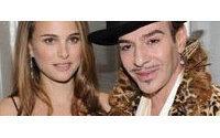 """Natalie Portman, John Galliano'nun antisemitik açıklamalarından """"iğrendi"""""""