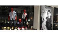 Guess ha abierto su tienda insignia en el 575 de la 5ta Avenida