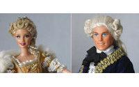 Barbie y Ken se visten en París a la moda de todos los tiempos