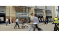 UK retailers say can cope with tough 2011