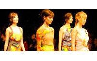 Círculo de la Moda de Bogotá cierra con fantasía de Spitz y colores de Suárez