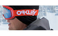 Oakley strengthens clothing, footwear and accessories sectors