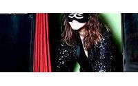 Veja preview da campanha Chanel com Carine Roitfeld