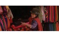Cotexbo promociona el textil boliviano