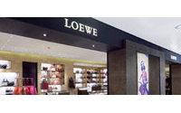 Loewe rediseña sus tiendas y abre corners en El Corte Inglés