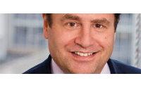 Emanuel Ungaro: Jeffry Aronsson à la présidence