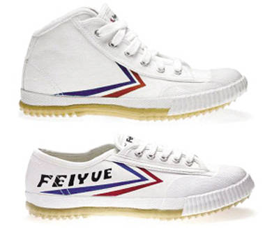 品牌球鞋的鲜明标志