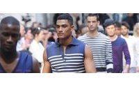 El hombre del verano que viene lucirá músculo con Gaultier, Mabille y Vuitton
