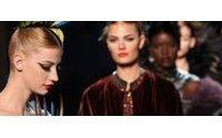Jean Paul Gaultier:羽毛和短裙