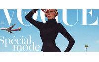 Lara Stone veste Haider Ackermann na capa da Vogue francesa