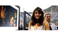 Supermodel Helena Christensen präsentiert neues Dessous-Label von Triumph