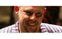 Una biografía afirma que Alexander McQueen planeó suicidarse en un desfile