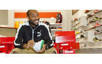 Thierry Henry wears Puma