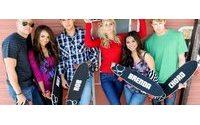 Atores de 'Glee' estrelam campanha de moda