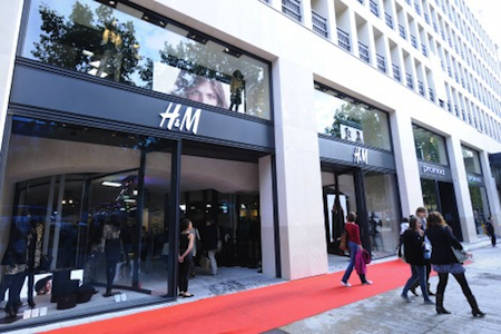 Worldwide major shopping centers rental values continue to climb news re - H m avenue des champs elysees ...