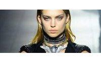Fashion Week: Chic cohérent chez Dior, Chalayan joue les serveurs